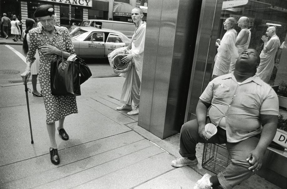Old-woman,-Blind-man-and-Hare-Krishnas,-NYC,-1972.jpg.CROP.article920-large